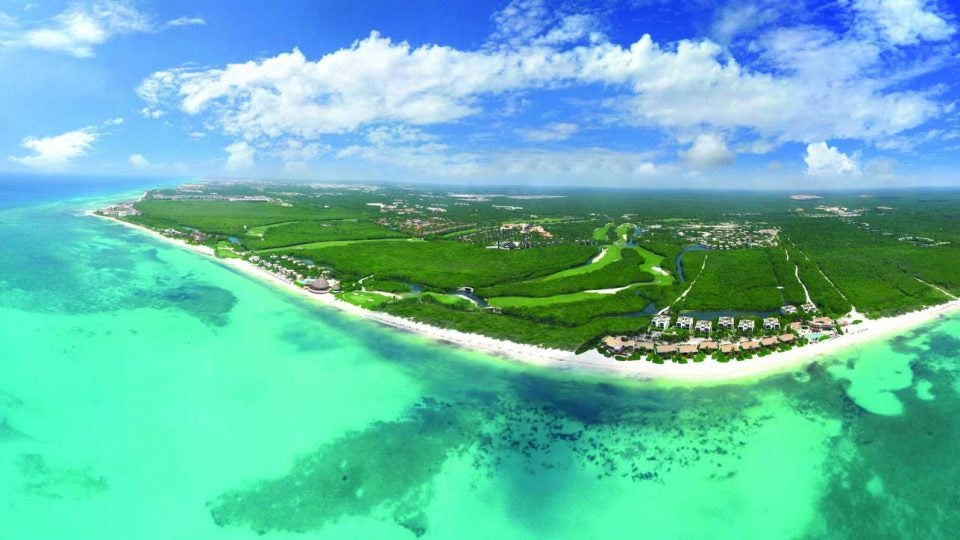 GOLF COURSES IN THE CARIBBEAN